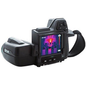 FLIR T410SP thermal imaging in sports science, sports medicine and physiotherapy. Camára termográfica FLIR SYSTEMS T410SP para el deporte, la medicina deportiva y la fisioterapia